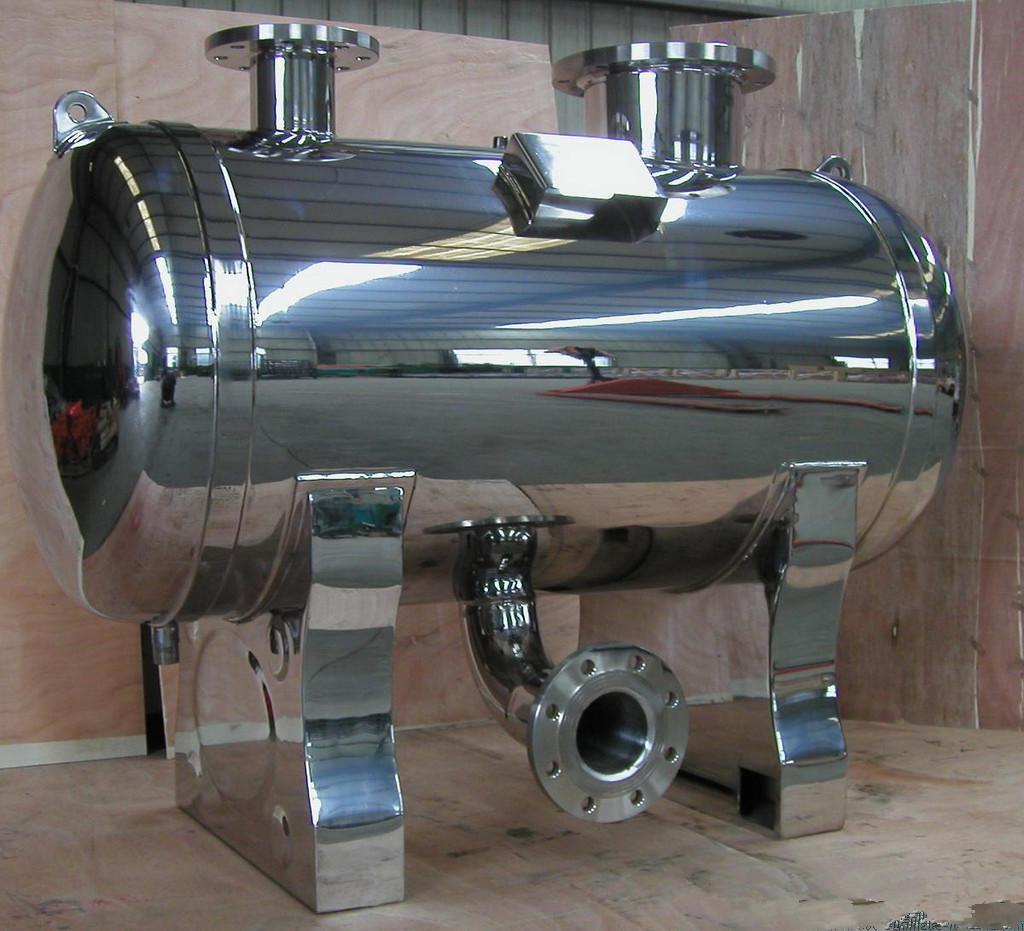 4,压力控制       无负压供水设备实时通过压力传感器检测出口压力